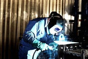 personal protective equipment - using a welding face guard