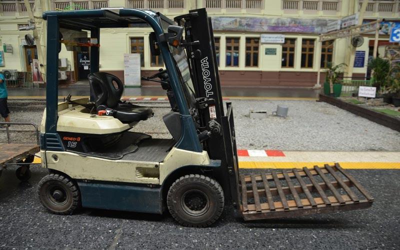fork-lift-truck