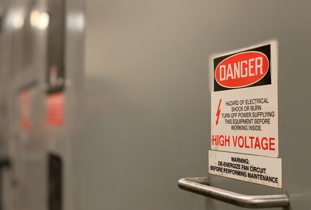 10 Electrical Safety Tips for the Workplace